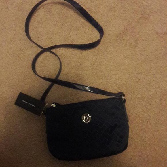 cc34ae8cf Brand New Tommy Hilfiger sling bag